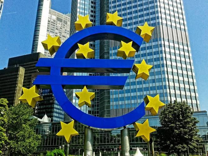 Protest: Ethikbank gegen die EZB