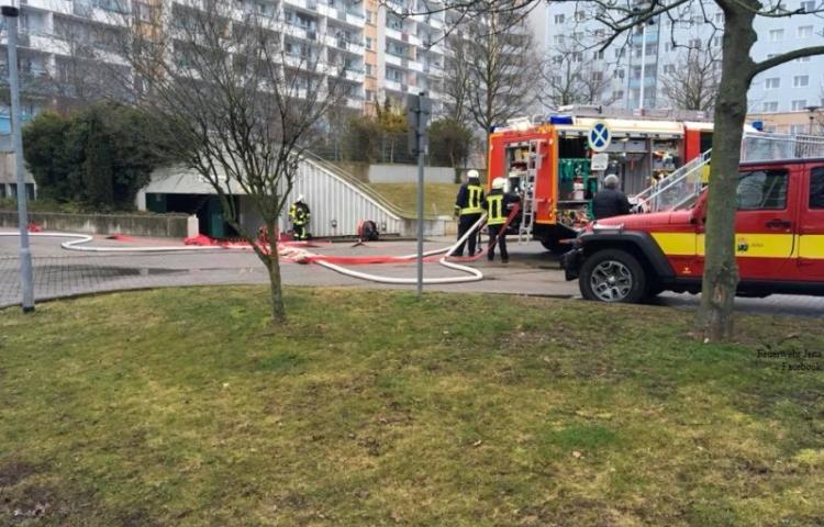 Jena-Lobeda: Feuerwehrübung in Tiefgarage