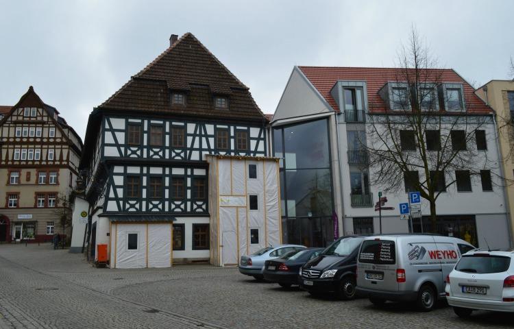 Eisenach: Fenster am Lutherhaus eingeschlagen
