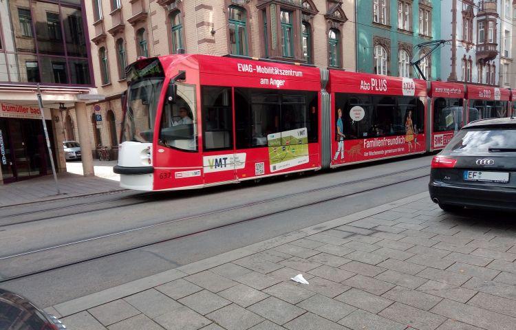 Erfurt: Busse und Straßenbahn beschossen