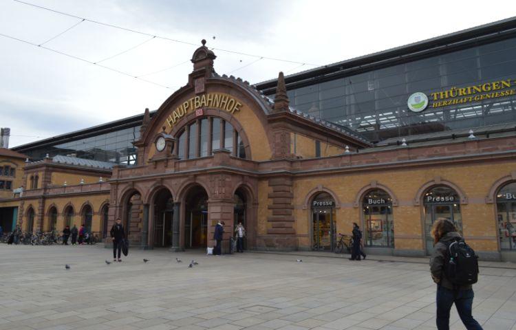 Erfurt: 60-Jähriger randaliert in ICE