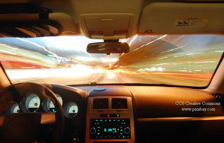 Mit 216 km/h statt 130 km/h auf der Autobahn unterwegs