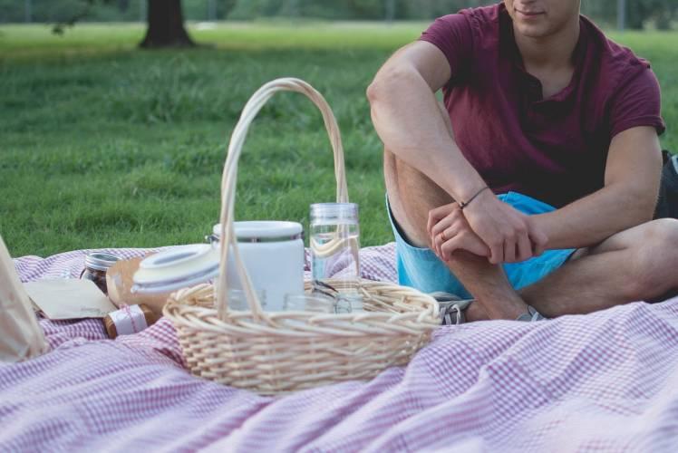 Erfurt: Picknick im Park von Schloss Molsdorf