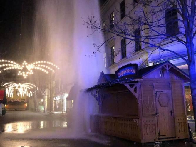 Weimar: unfreiwillige Wasserfontäne auf dem Weihnachtsmarkt