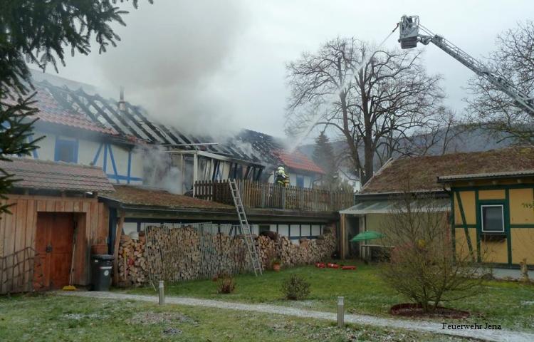 Jena: Großbrand in Kunitz