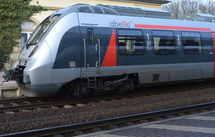 Erfurt: Durchsuchungen wegen gefälschter Bahnfahrkarten