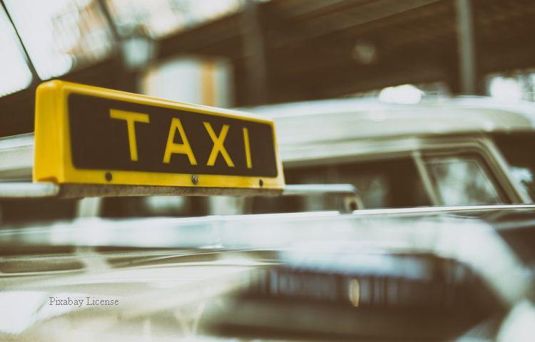 Erfurt: Taxifahrer aus Göttingen um 400 Euro geprellt