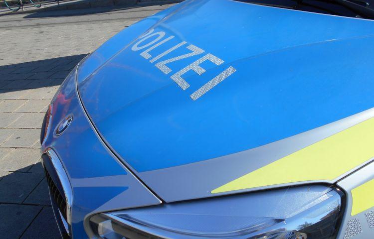Gotha: Kennzeichen von mindesten 23 Fahrzeugen abgerissen