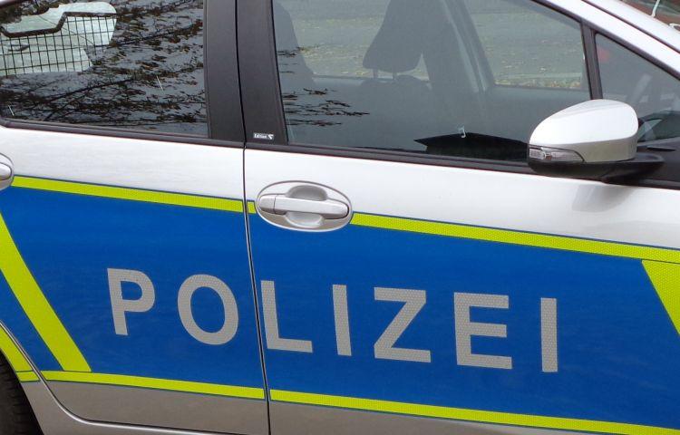 Nordhausen: Reifen an mindestens 40 Fahrzeugen zerstochen