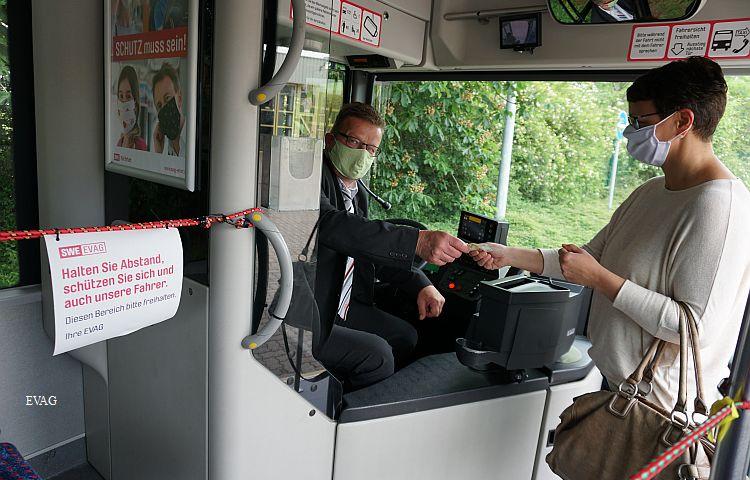 Erfurt: Busfahrer kassieren ab Montag wieder