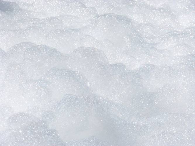 Gera: Brunnen am Küchengarten mit Schaum massiv verunreinigt