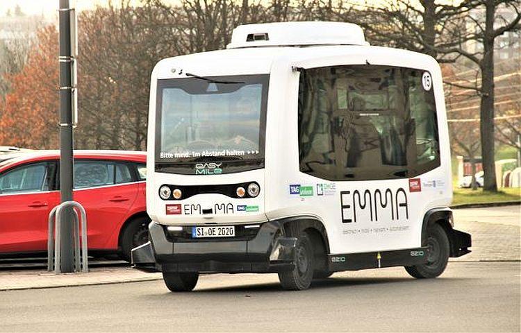 Gera: automatischer Kleinbus rollt jetzt durch die Innenstadt