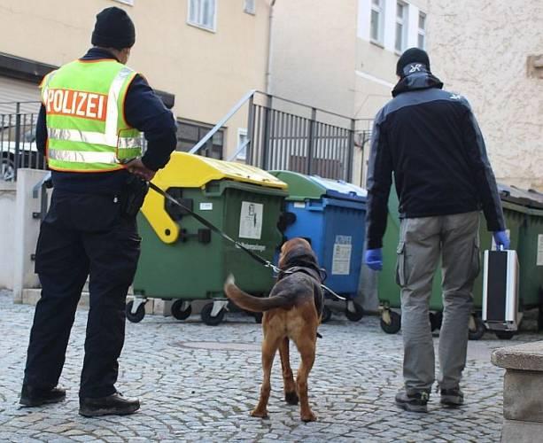 Jena: Soko setzt Personenspürhund ein